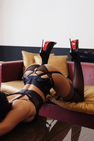 Esilda nuru massage in Trenton